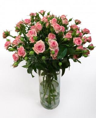 Сладкий розовый букет из роз